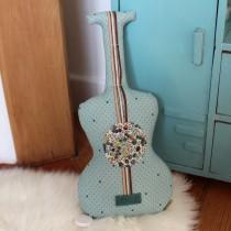 Guitare boite à musique - Une chanson douce