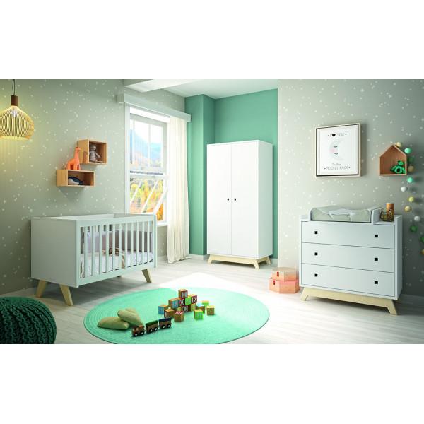 Chambre Madavin Lit bébé pieds bouleau_Armoire 2 portes pieds bouleau_Commode pieds bouleau et plan à langer_coloris blanc